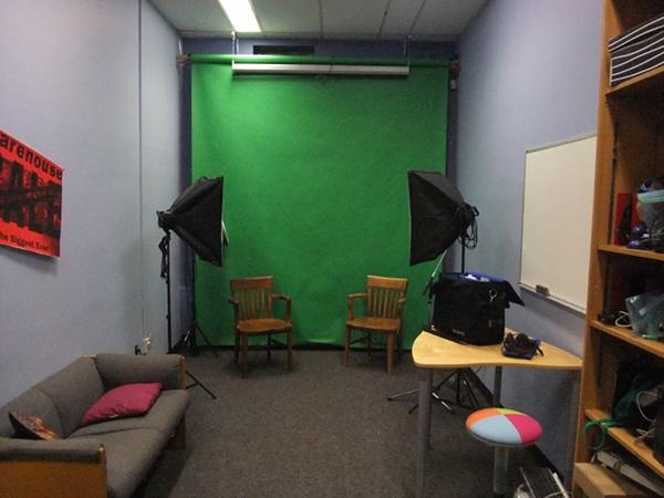 модели студии brutal facesitting.com фото