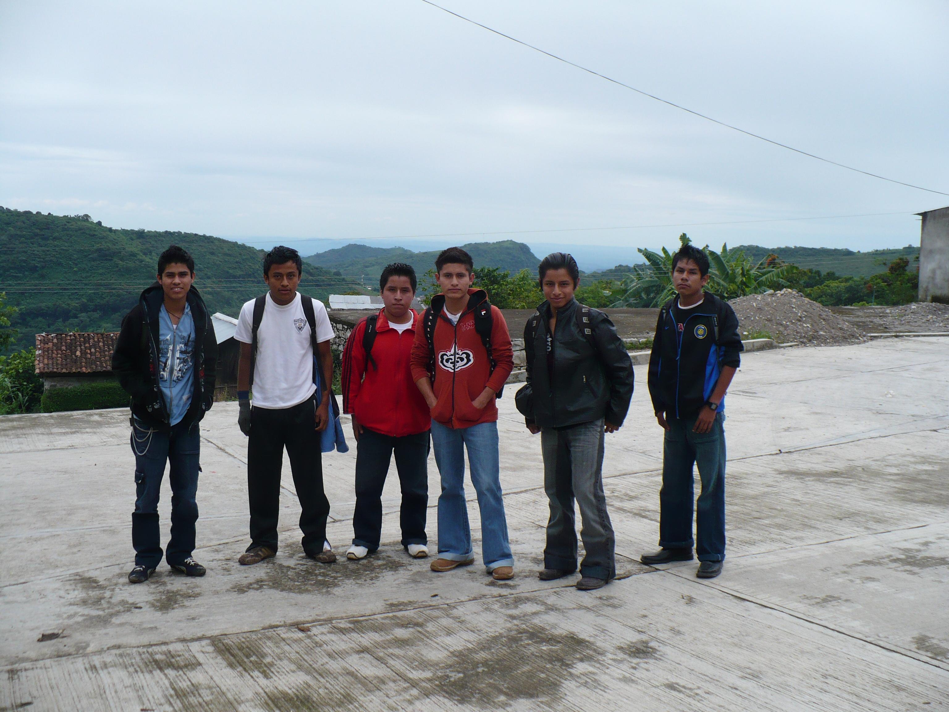 Secondary students in Ozelonacaxtla.