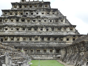 The Totonacan people may be responsible for building the city of El Tajín, which flourished from 600 to 1200 C.E.